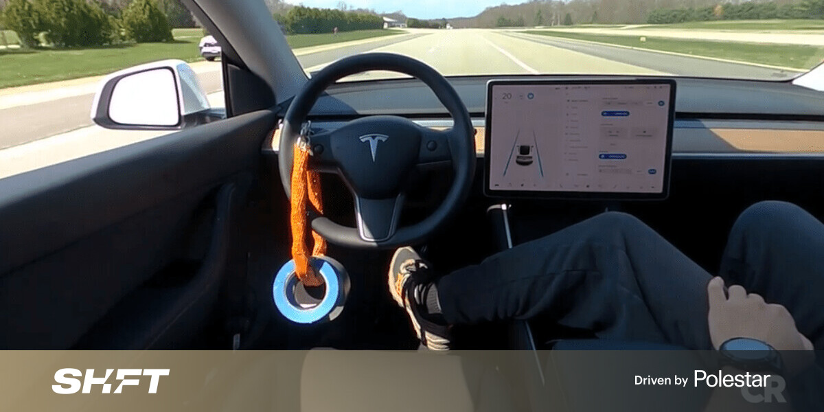 Experiment shows how easy it is to 'drive' a Tesla from the passenger seat