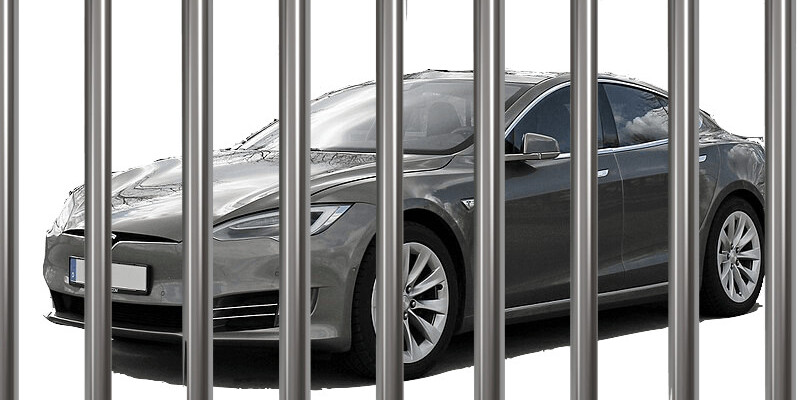 Police can remotely drive your stolen Tesla into custody