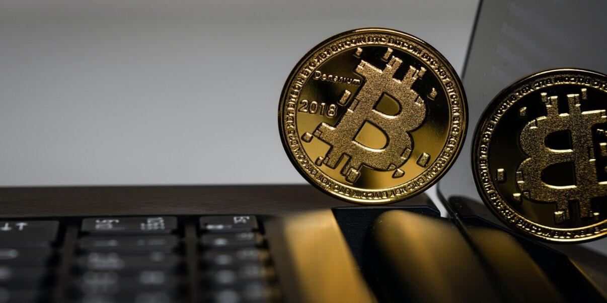 Cryptocurrency Prekybos Brokeriai Lietuvoje - Kaip gauti nemokamą bitcoin pinigų iš blokchain