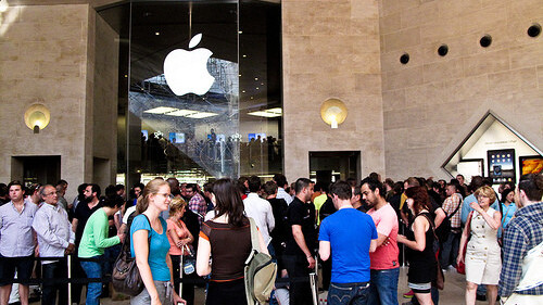 Report: Three Out Of Every Four iPhone 4 Sales Were Upgrades