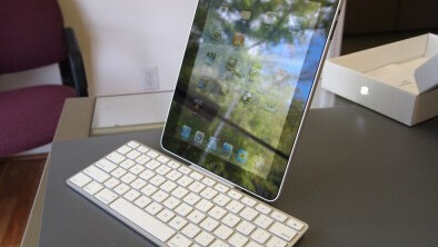 The iPad Keyboard Dock Works with the iPhone (on iOS4)
