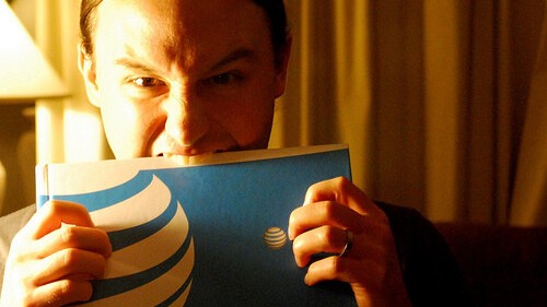 """AT&T Isn't Throttling Bandwidth, Low Speeds Caused By """"Unintentional Software Glitch"""""""