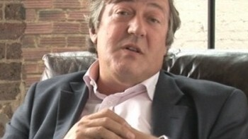 """Audioboo launches """"social voicemail"""", with help from Stephen Fry"""