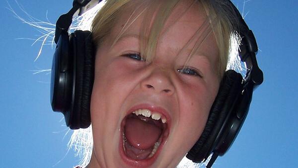 Boys like Metallica, girls like Lady Gaga, and other fun Last.fm facts