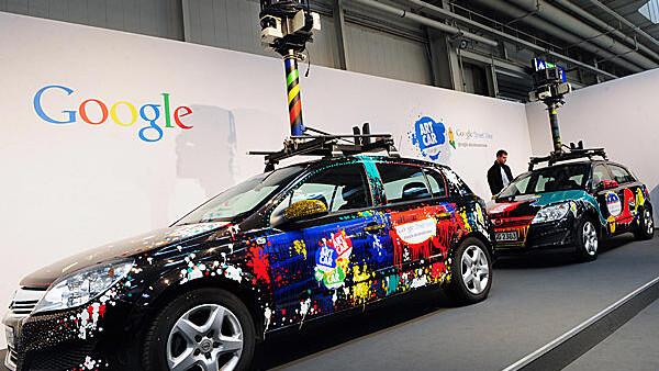 Italian privacy regulators order Google to brand Street View cars