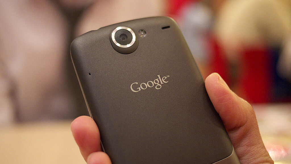 Android Gingerbread and Honeycomb test builds emerge on Nexus One