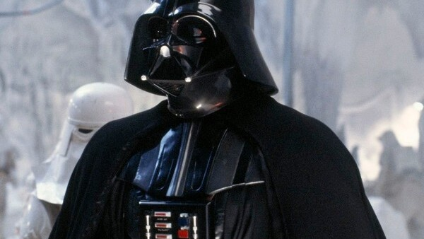 Video: Darth Vader hangs out with the Galaxy S in Japanese commercial