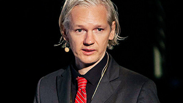 """Julian Assange sees himself as """"A martyr without dying"""""""