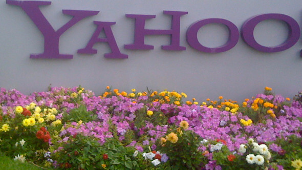 AOL to split, then join forces with Yahoo?