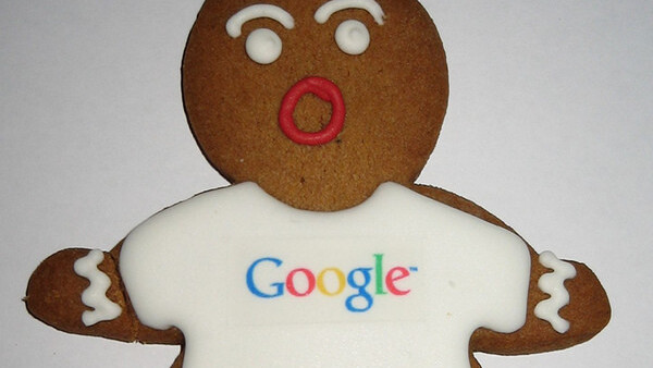 Google officially launches its Nexus S phone and Android Gingerbread