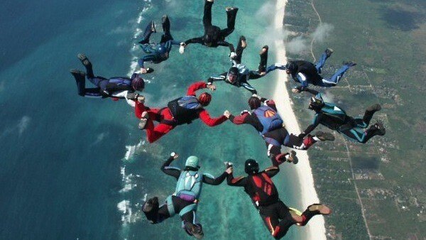 Skydiving, Google Earth Style