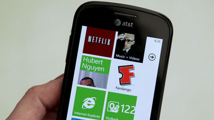 Is Windows Mobile outselling Windows Phone 7?