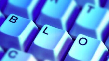 7 Business Blogging Myths, Debunked.