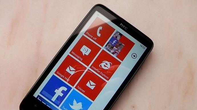 Microsoft responds to hacked Windows Phone 7 ROMs