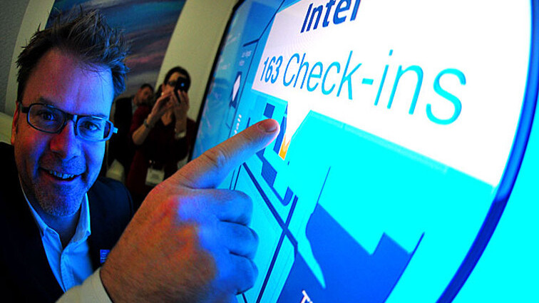 Behind the scenes at Intel's CESLive social media installation