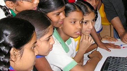 """The """"Granny Cloud"""" uses Skype to educate children in India"""