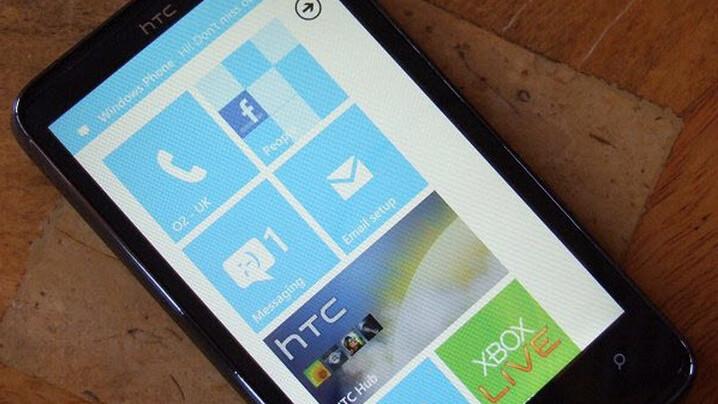 Windows Phone 7's multitasking support demo [Video]