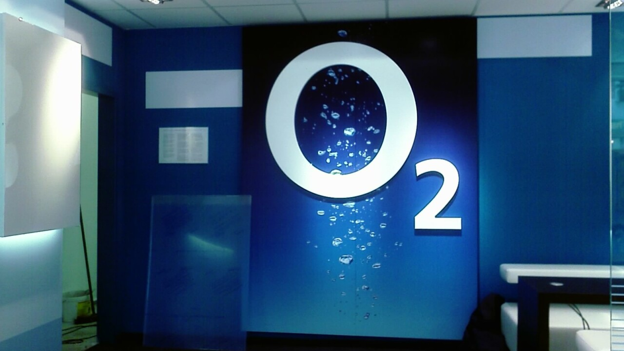 O2 partners with Mi-Pay to offer new automatic top-up services