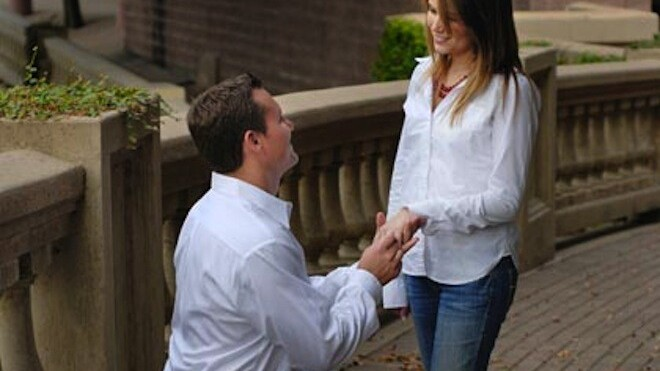 AirBnb 'Helps' Guy Propose Marriage