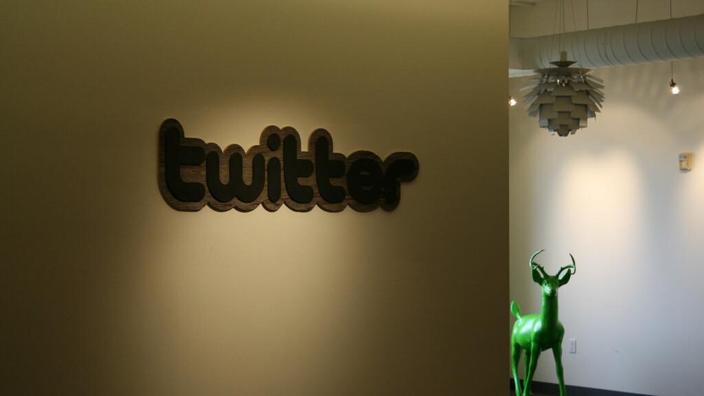 Twitter co-founder Biz Stone denies $450 million JPMorgan investment