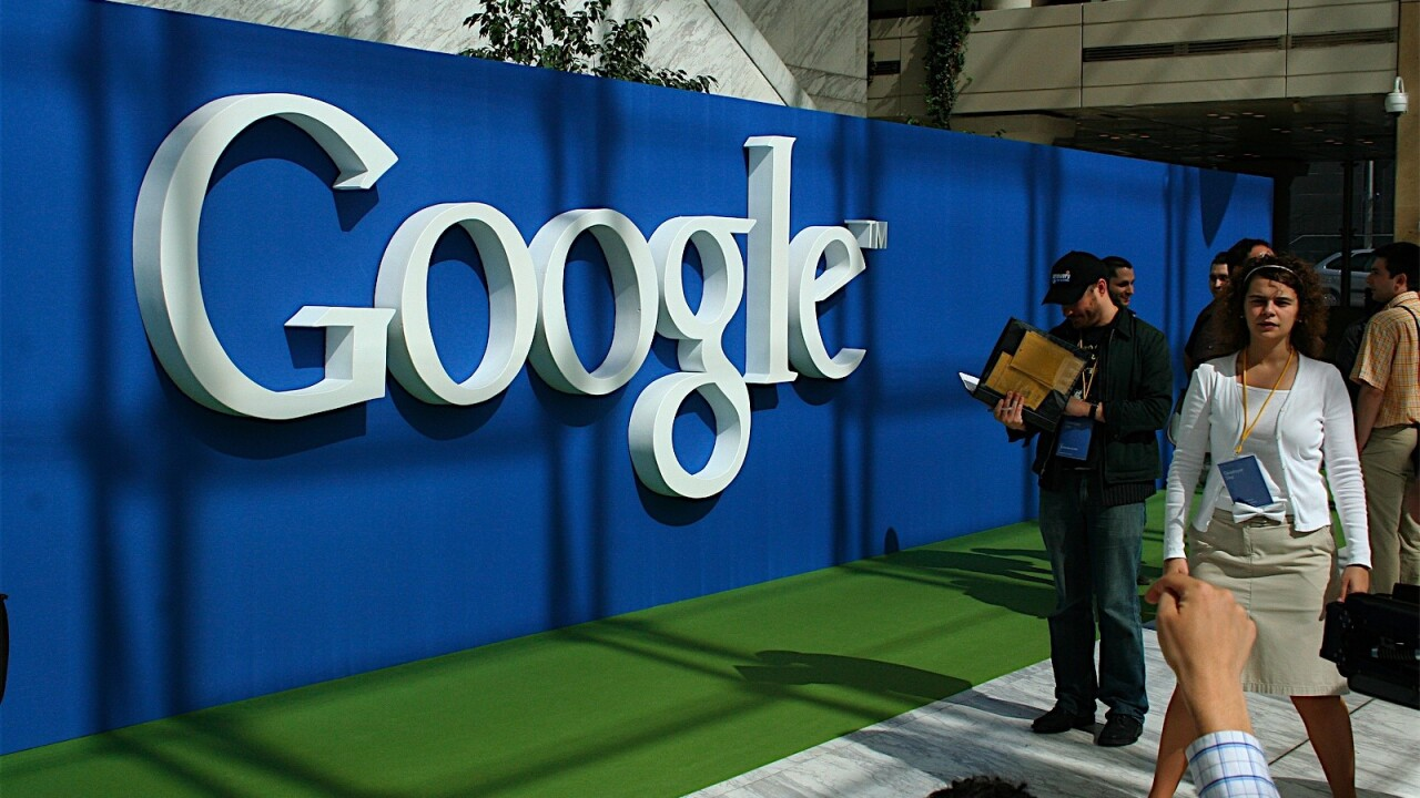 Google actively encourages social, will delete private Google Profiles on July 31