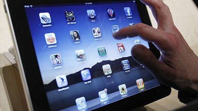 Why didn't Apple put a better display in the iPad 2? Blame the apps