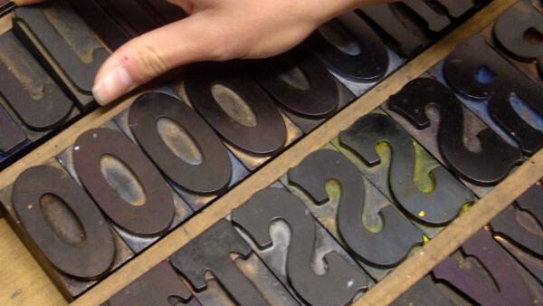 Open Source Ampersands gives away lightweight @font-face kits