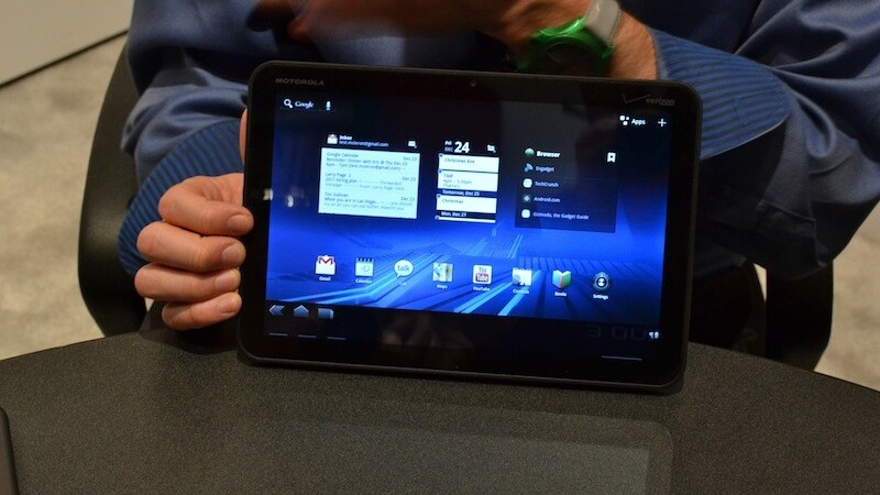 PC World prices Wi-Fi-only Motorola Xoom at £449, then pulls it