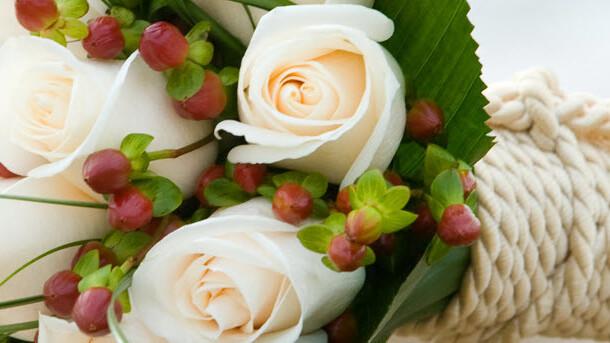 WeddingInviteLove: A Comprehensive Wedding Invitation Designer Directory