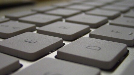 Factotum lets you use your keyboard to control your favorite online music sites [Mac]