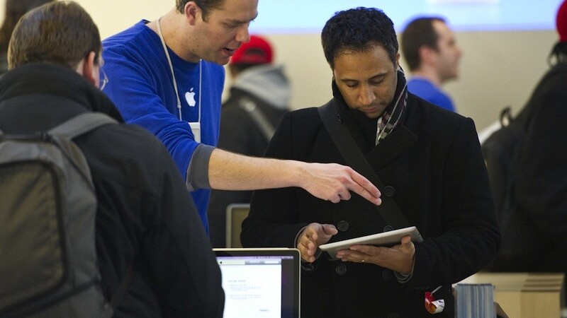 Apple Store staff soon to process orders with iPads running RetailMe software
