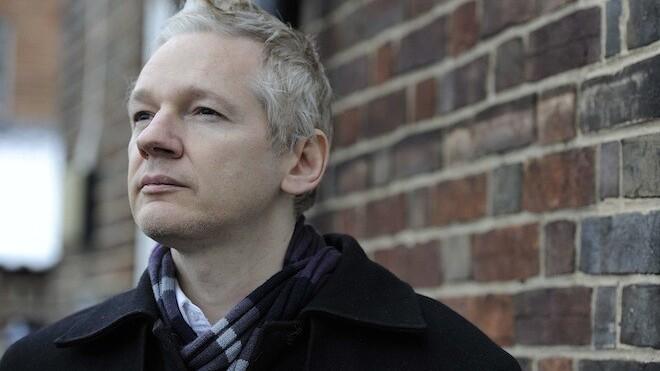 """Facebook fires back at Assange: """"We don't respond to pressure"""""""