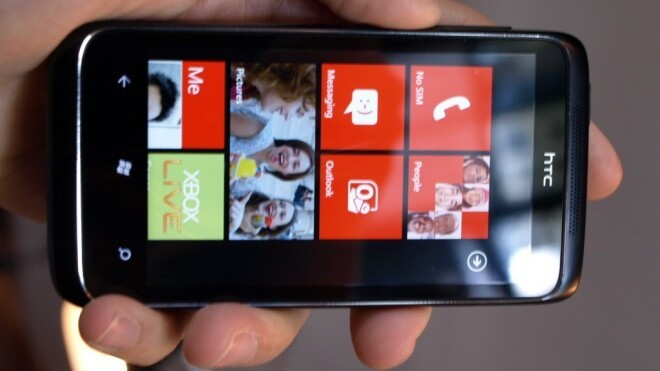 First Windows Phone 7 device available on Verizon, out 26th May