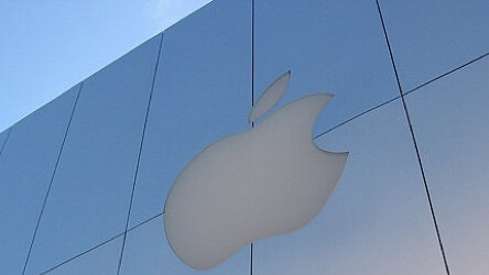 Sex offender nabbed for using Facebook at Apple Store