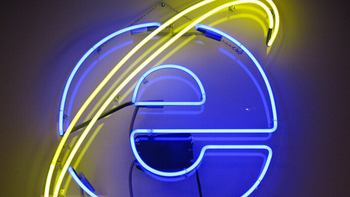 IE9 surges 60% on Windows 7 in May