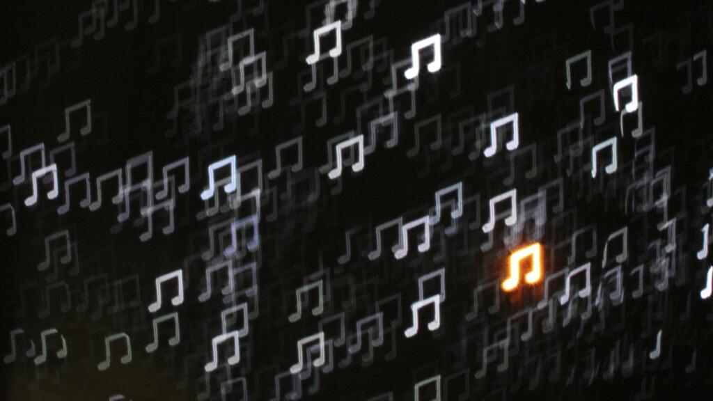 SoundCloud celebrates 5 million users and funding from Ashton Kutcher