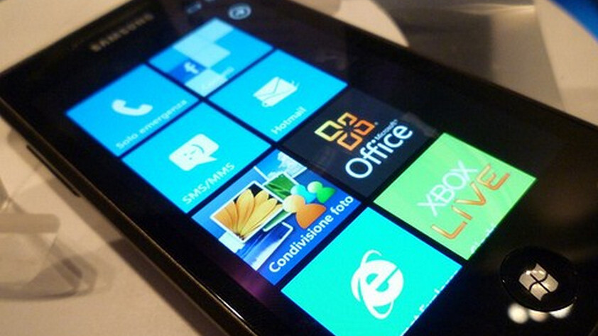Microsoft demos coming Twitter and LinkedIn integration for WP7