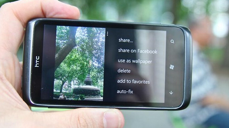 Microsoft pitches WP7 Mango's communication features