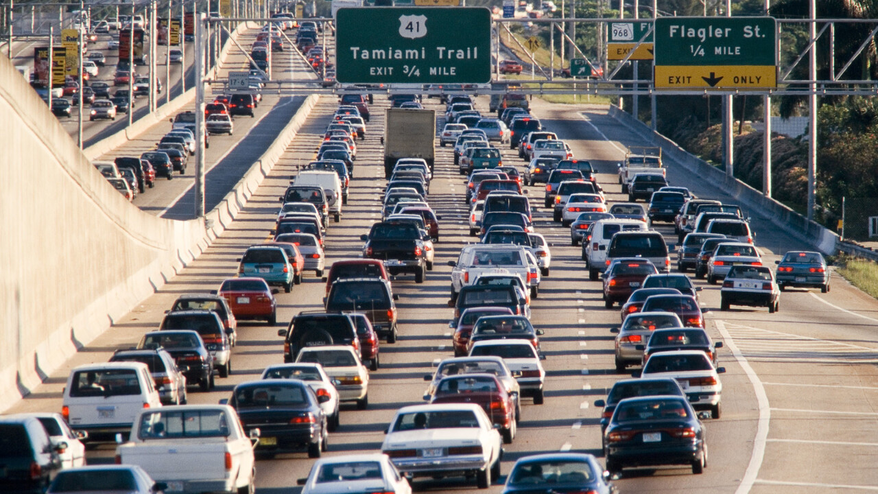 "Tonight is ""Carmageddon"": LA Cyclists to race JetBlue flights"
