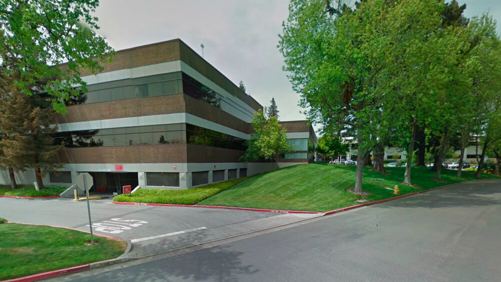 Apple leases nine-building Cupertino campus to help boost expansion