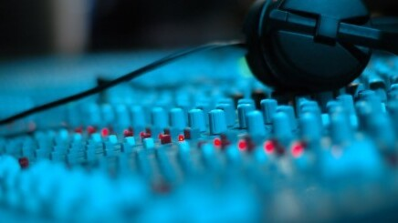 Baidu reveals revamped legal music platform