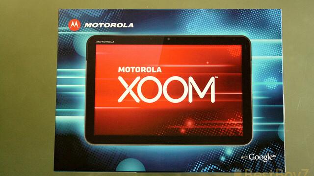 Apple sues Motorola in Europe over XOOM tablet design