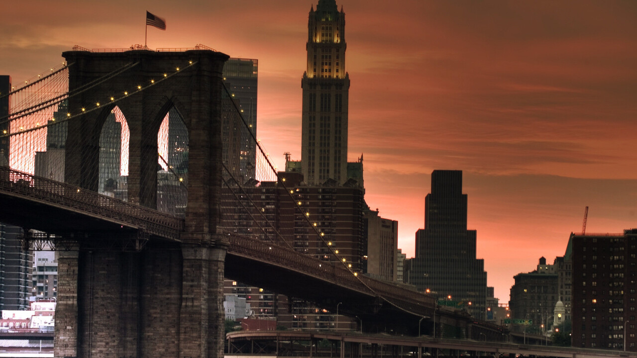 Tap the Broadcastr app for an audio tour of the Brooklyn Bridge