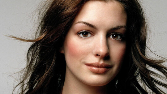 Watch this Anne Hathaway video, it's about to go viral.