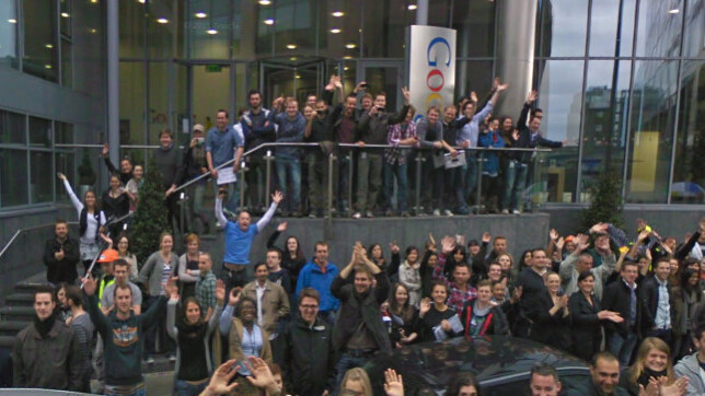 2,000 Google employees hit the streets for a Streetview shot in Dublin