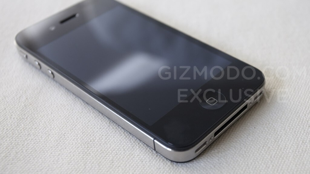 Gizmodo goes free in the iPhone 4 case, others not so lucky