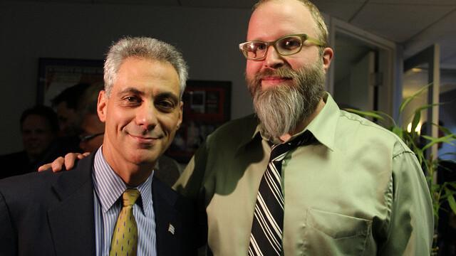 Chicago Mayor Rahm Emanuel meets Twitter impostor @MayorEmanuel at book signing