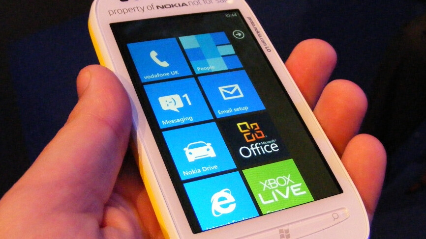 Facebook app for WP7 set to receive much needed refresh