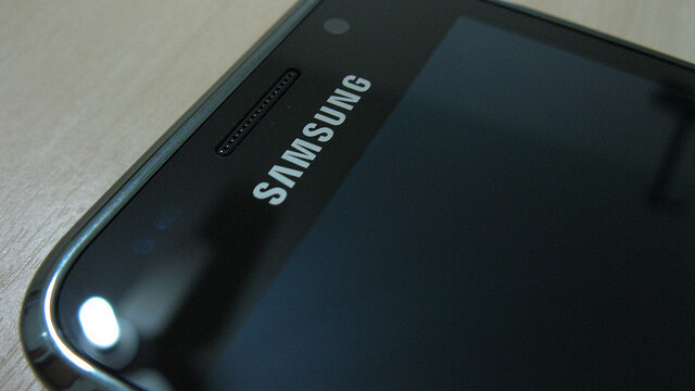 Samsung profit dips but sees 300% yearly rise in smartphone sales to surpass Apple