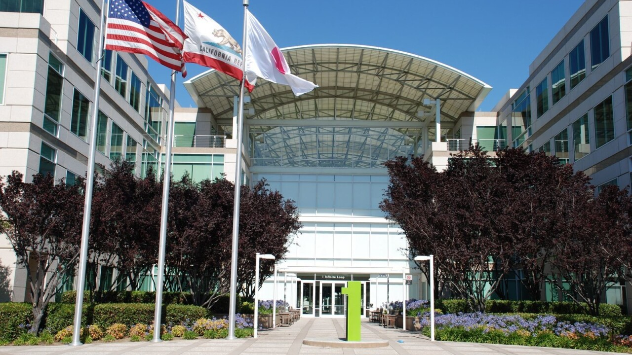 Apple's Q4: 6 million Lion downloads, over 3M iPod touches, 180M iBooks sold, 77.5M Store visits